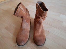 Bullboxer Slip-on Booties light brown