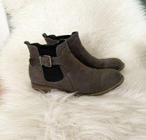 Stiefel Stiefeletten Boots Schuhe Ankleboot