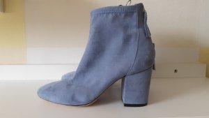 Stiefelette hellblau-grau