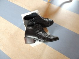 Stiefelette von  Shoe the baer