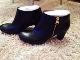 Tamaris Booties black leather