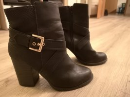 Stiefeletten Asos Gr. 37, New Look
