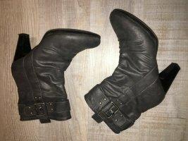 Stiefeletten Boots Stiefel Größe 40 grau mit Absatz