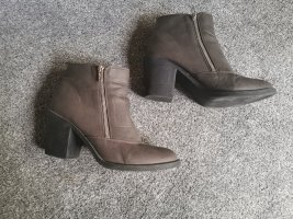 H&M Booties multicolored