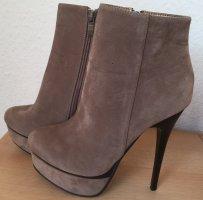 Stiefeletten-High-Heels-beige-Gr. 38 v. Jumex
