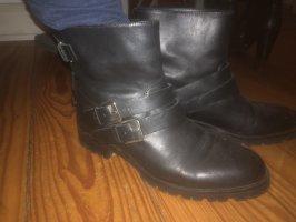 Massimo Dutti Slip-on Booties black