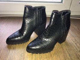 Bershka Low boot noir faux cuir