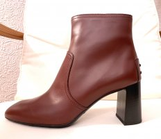Tod's Booties bordeaux leather