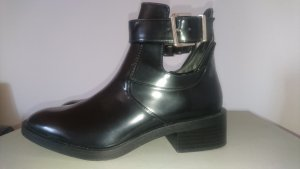Zara Botas cut out negro-color plata