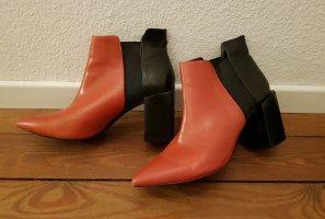 Stiefeletten von Zara schwarz & rot Leder