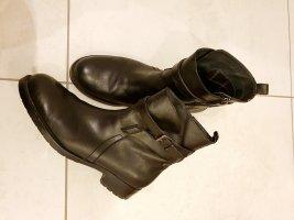 Botte courte noir cuir