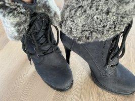 Stiletto Stiefel mit Fell