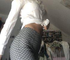 Stoffhose gemustert in 32