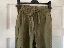 H&M Pantalón de color caqui gris verdoso-caqui