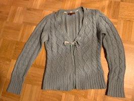 Review Veste tricotée en grosses mailles gris ardoise