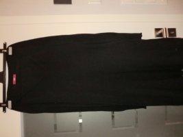 Strickkleid schwarz langarm