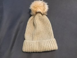 Zara Chapeau en tricot doré
