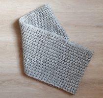 keine Marke Sciarpa lavorata a maglia grigio chiaro-grigio
