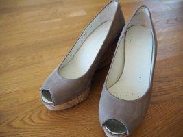 Stuart weitzman Wedge Pumps light grey leather