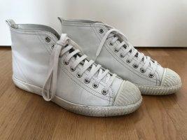 Stylische Sneaker von PRADA