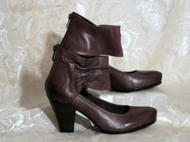 Tamaris High-Front Pumps brown leather