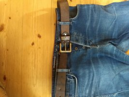 stylischer Ledergürtel