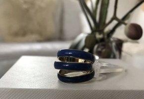 1.2.3 Paris Bague incrustée de pierres bleu foncé