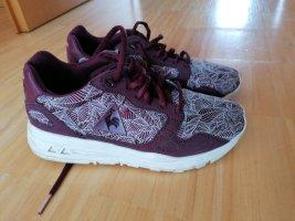 stylishe Sneaker