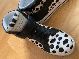 Stylishe sneakers