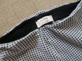 Pull & Bear Leggings blanco-negro tejido mezclado