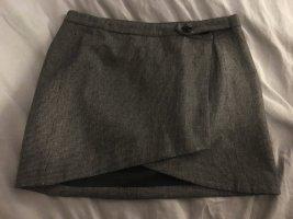 Süßer Mini Rock mit feinem schwarzweißen Karo Muster von Patrizia Pepe