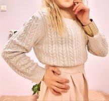 süßer Pullover Zopfmuster