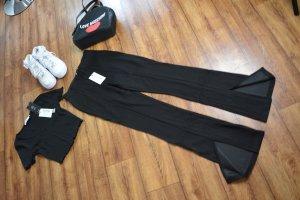 Süßes Cropped V-Neck Rippen T-Shirt schwarz Nakd 36