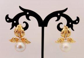 Kolczyk z perłą biały-srebrny Metal