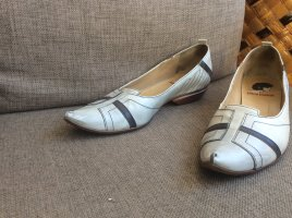 Super coole Schuhe im used Look
