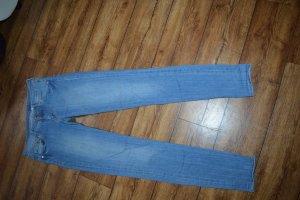 Super Skinny Low Waist Jeans Gr. 40 von H&M