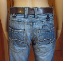 Supercoole ONE GREEN ELEPHANT Designer-Jeans.. used/ripped look.. Größe DE 38, W30/L34