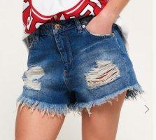 "Superdry: neuwertige ""Eliza"" Jeans-Shorts, Gr.S / W26 Distressed-Look, Festival"