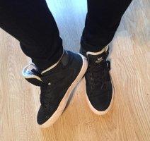 Supra High Top Sneaker