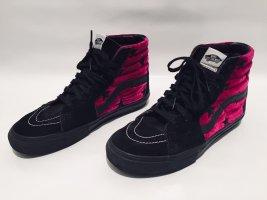 Supreme NYC x Vans Sk8-Hi pro. Samt schwarz pink. Gr. 40,5