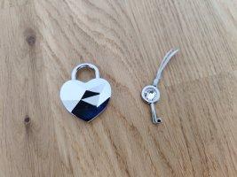 Swarovski Taschenanhänger Schloss mit Schlüssel in Herzform Schlüsselanhänger