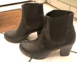 Tamaris Leder Ankle Boots/Stiefeletten mit Absatz 38