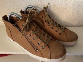 Tamaris, Sneaker, kongnakfarben, helle Sohle, neuwertig, Gr. 40