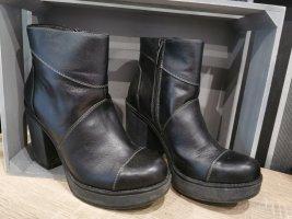 Tamaris Zipper Booties black