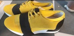 Tango Lace-Up Sneaker black-yellow