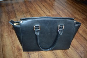 Tasche schwarz von LYDC London