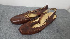 Sandalo con tacco alto e lacci a T cognac Pelle