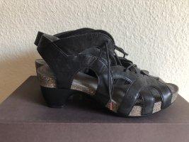 Think Traudi Sandale Absatz schwarz Leder 39 Retro Style
