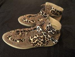 Tolle Burberry Sneaker Gr. 40