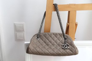 Chanel Bolso color bronce